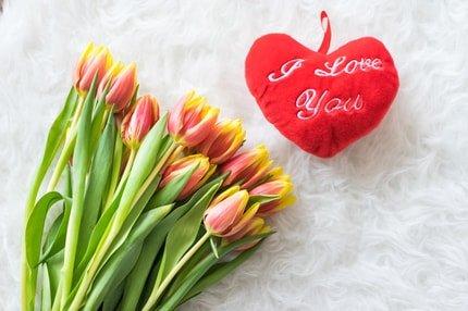 A szerelmes tettek, amik felemelnek