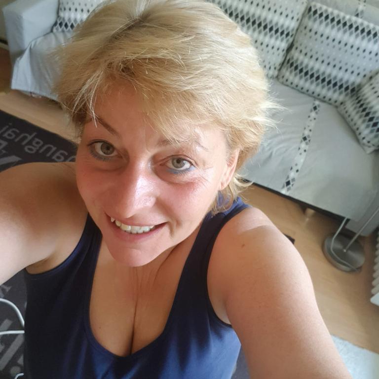 társkereső nő a 82