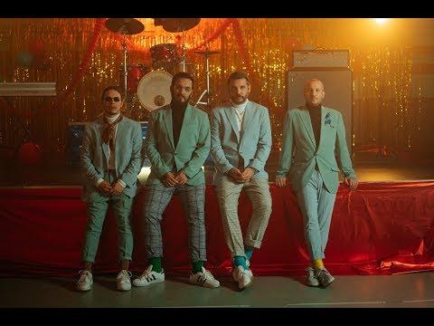 PUNNANY MASSIF - LÁV (Official Music Video)