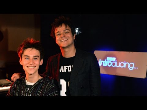 Jacob Collier & Jamie Cullum - Crazy She Calls Me